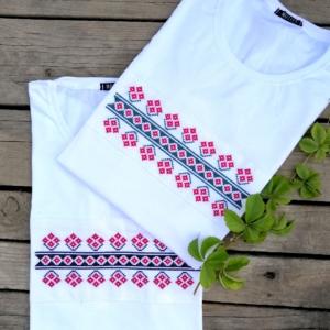 Set tricouri cuplu motiv brodat traditional – configurare nuante